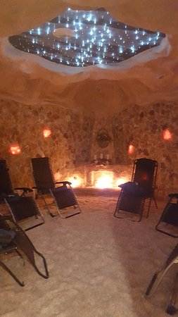 Martinsburg, WV: Inside the Salt Cave at Touch of Grace Spa