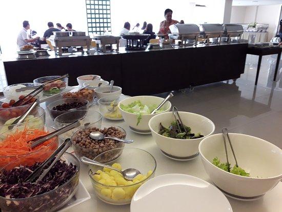 Mayflower Grande Hotel : Salad Buffet!