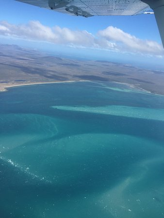 Bridport, Australia: Flying to Flinders Island & Return including a couple of their planes we flew in.