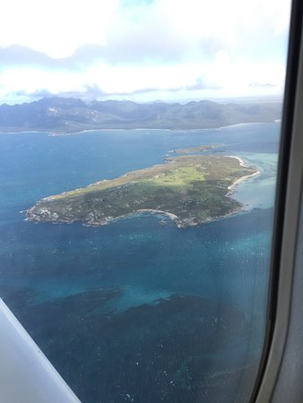 Bridport, Australien: Flying to Flinders Island & Return including a couple of their planes we flew in.
