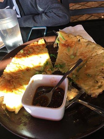 gogi korean bbq seafood pancake