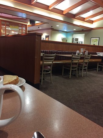 Lordsburg, NM: Dinner in Denny's Lordsberg