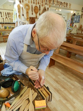 Kilgetty, UK: Thomas the Woodcarver
