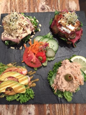 Bryanston, Sudáfrica: Sandwich Platter - Choose 4 of your favourite!