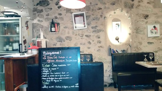 Pézenas, Francia: IMG_20161025_192147_large.jpg