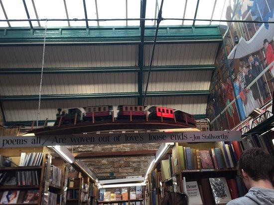 Alnwick, UK: Wonderful book shop