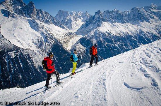 Les Houches, Fransa: Glorious sun filled winter days at BlackRock Ski Lodge