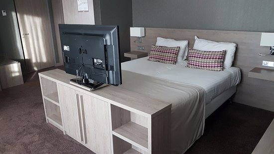 Luxury Van der Valk Hotel Haarlem unusual tv stand - Amazing tv stand for bedroom Contemporary