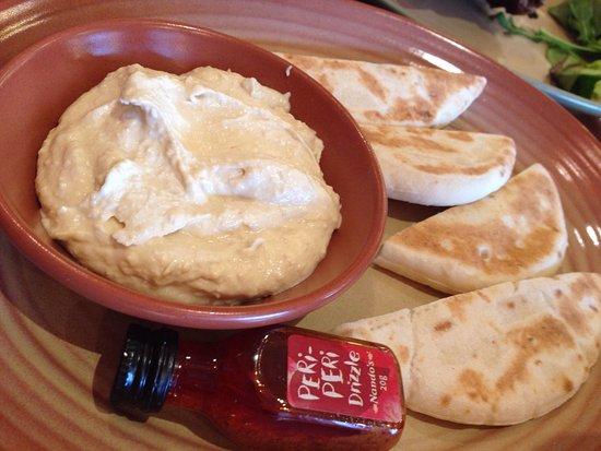Burwood, ออสเตรเลีย: Creamy hummus