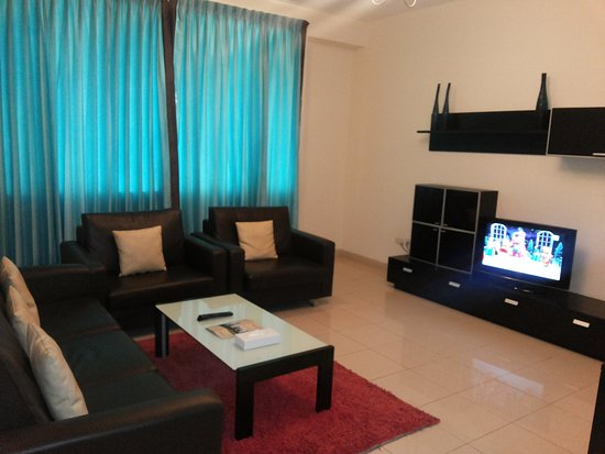 Fortune Classic Hotel Apartments : living / dinning room