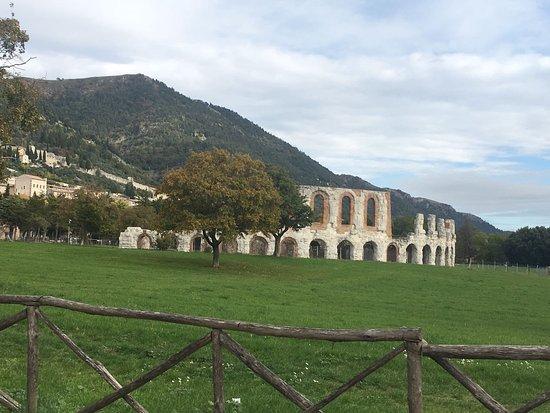 Gubbio, Italia: IMG-20161025-WA0104_large.jpg