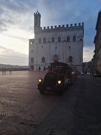 Gubbio, Italië: IMG_20161023_174939_large.jpg