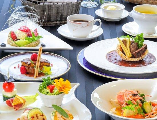 Hotel Monte Rosa : 洋食ディナー