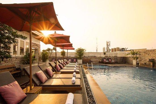 Buddy Lodge Hotel : Swimming Pool