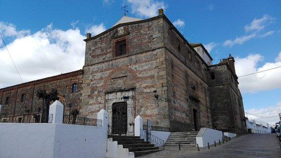 Iglesia de San Bartolome y Paseo del Cristo
