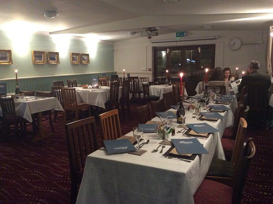 Solva, UK: The new refurbished dining room  leading on  to the riverside beer garden