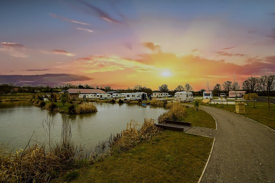 Caistor Lake Leisure Park