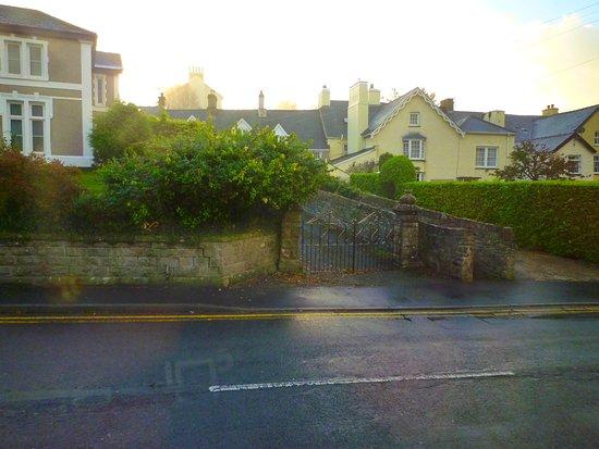 Crickhowell, UK: view opposite