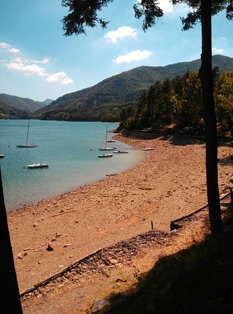 Ristorante chiosco del lago in bologna for Lago tavolini