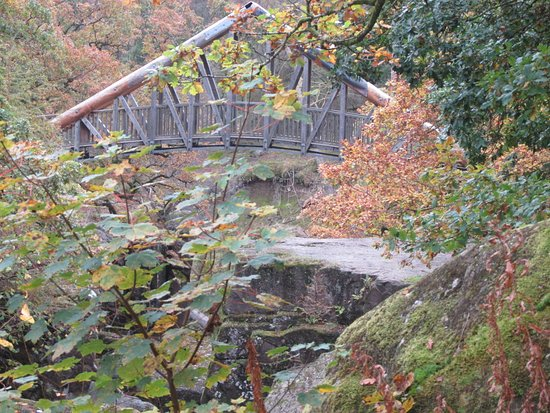 Callander, UK: The new bridge in a lovely setting--you have to go to capture the true beauty!