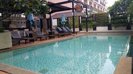 A-ONE Pattaya Beach Resort: 20161024_070409_large.jpg