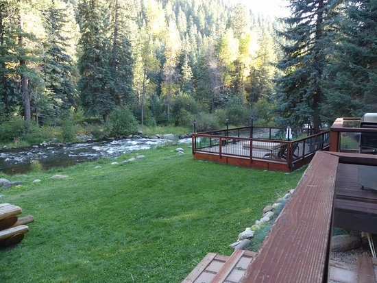 O-Bar-O Cabins : View from the back deck