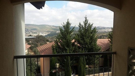 Tzuba Hotel: Great Judea and Samaria view
