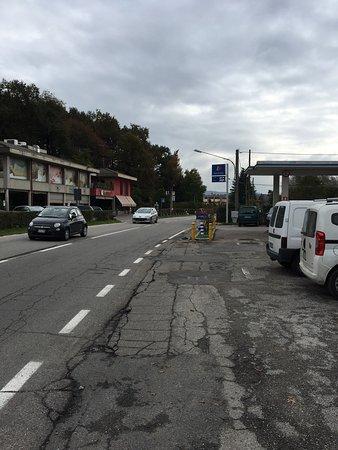 Cadrezzate, Włochy: Strada statale