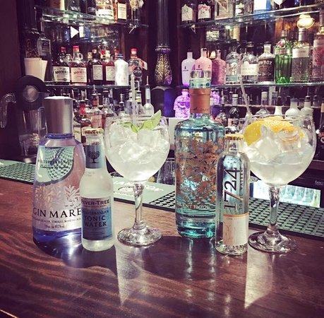 Ballymena, UK: Gin Bar