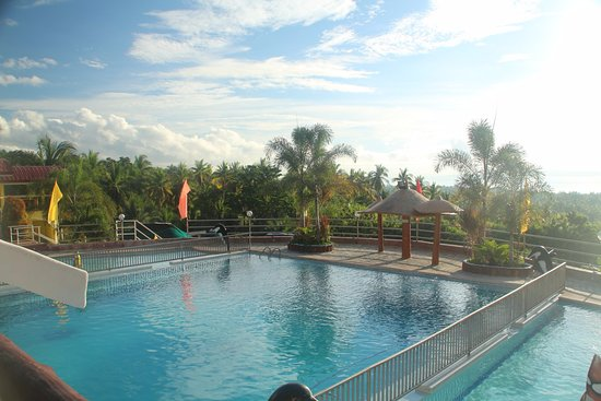 Jsjs mountain resort updated 2017 hostel reviews argao for Pool garden resort argao