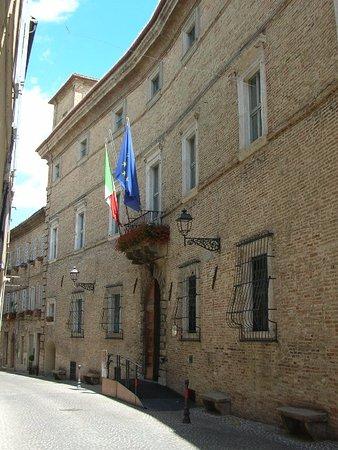 Mogliano, Italia: Palazzo Forti, municipio cittadino