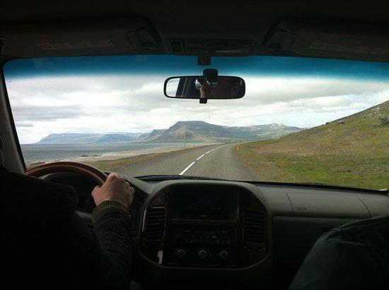 Keflavik, Islandia: Arriving at the West Fjörds