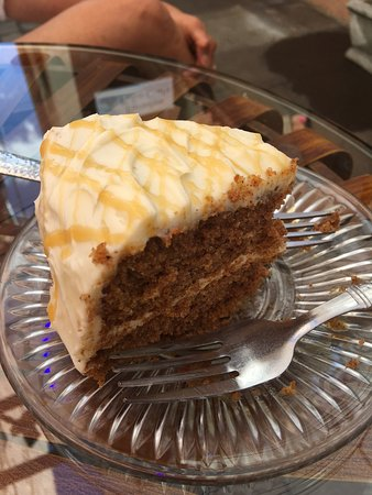 Cottonwood, AZ: Carrot Cake Yum