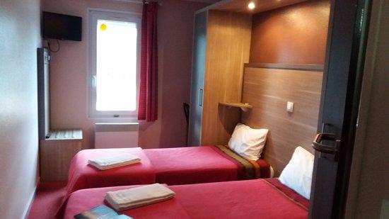 Saint-Andiol, France: Chambre Twin