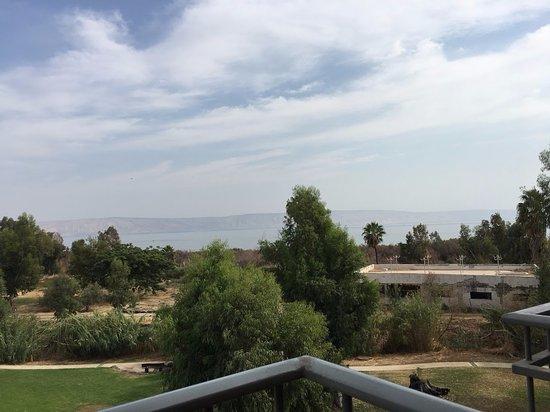 جينوصار, إسرائيل: נוף מהמרפסת