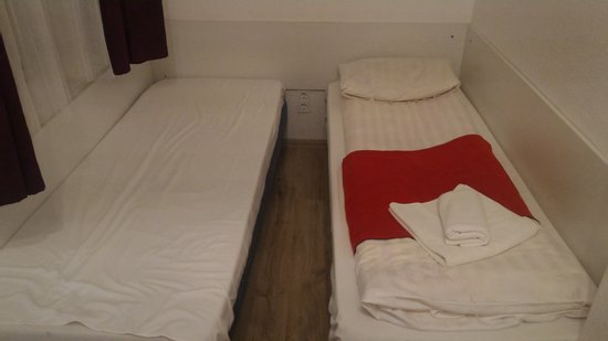 Like Home Apartments 2: bedroom2