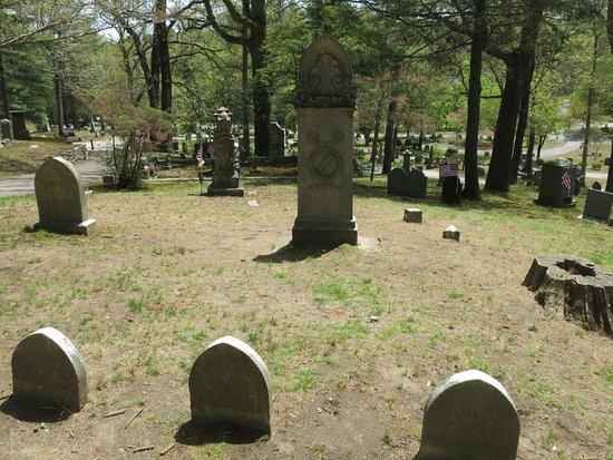 Concord, MA: Cemetery