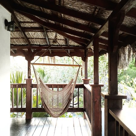 Villas Sur Mer: Private hammocks in most villas