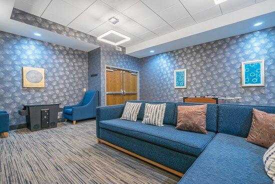 พลิมัทมีตติง, เพนซิลเวเนีย: Play room with TV's and play area