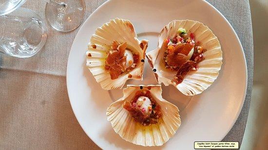 Saleilles, Francia: Coquille St Jacques juste rôtie sauce soja,légumes croquants et jambon Serrano séché