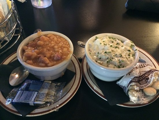 Annette's Westgate Cafe: Clam Chowder and Beans