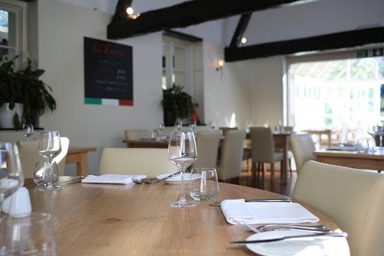 Wickham, UK: dining room at La Bocca