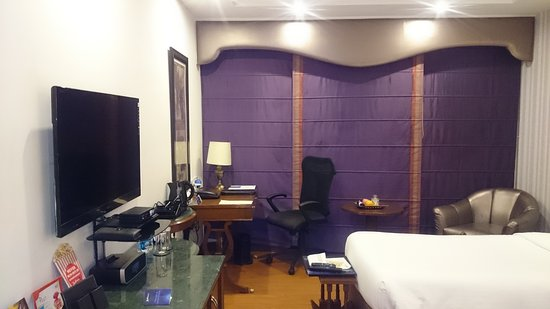 Radisson Blu Hotel GRT Chennai: Hôtel exceptionnel. Nourriture excellente. La grande classe. Chambre à 136 €.Et rien à redire