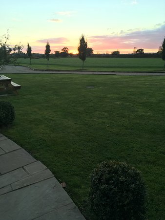 Wettenhall, UK: Sunset on arrival and view from room.