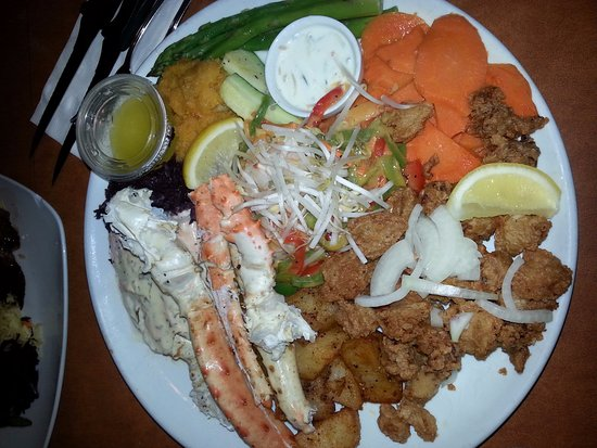 Summerland, Canadá: Seafood Feast for 2
