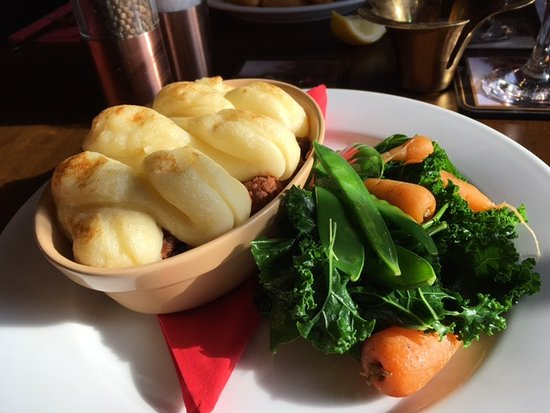 Stelling Minnis, UK: Cottage pie with seasanal veg. Unbelievably good!