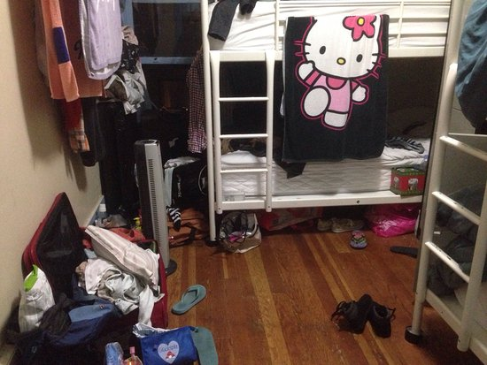Samesun Vancouver: Hostel room or 16-year-old's messy bedroom? Basically no difference.