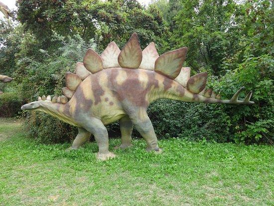 Tabiano Bagni, Ιταλία: Stegosauro