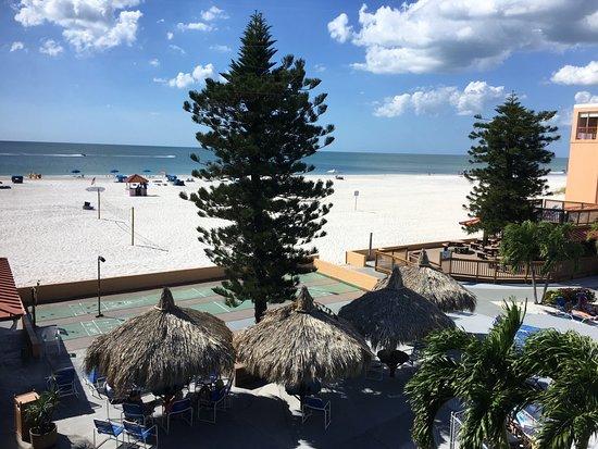 Dolphin Beach Resort Photo