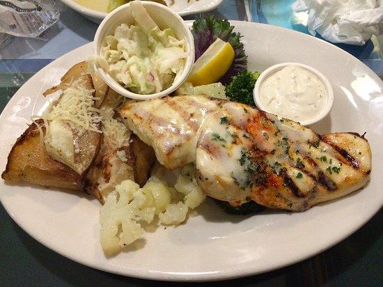 Tognazzini's Dockside Restaurant : poisson grillé